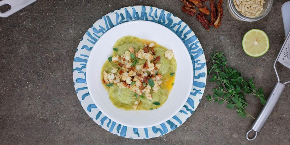 Medaglioni basilico e pinoli con ragout di gamberi e pomodori secchi by Gnambox